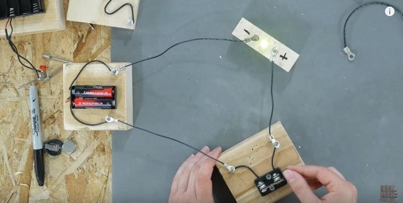 Learning Electrical Circuits - Making Circuit Blocks!