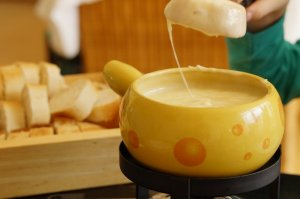 Fancy Fun-due! Host a Cheese or Chocolate Fondue Party!